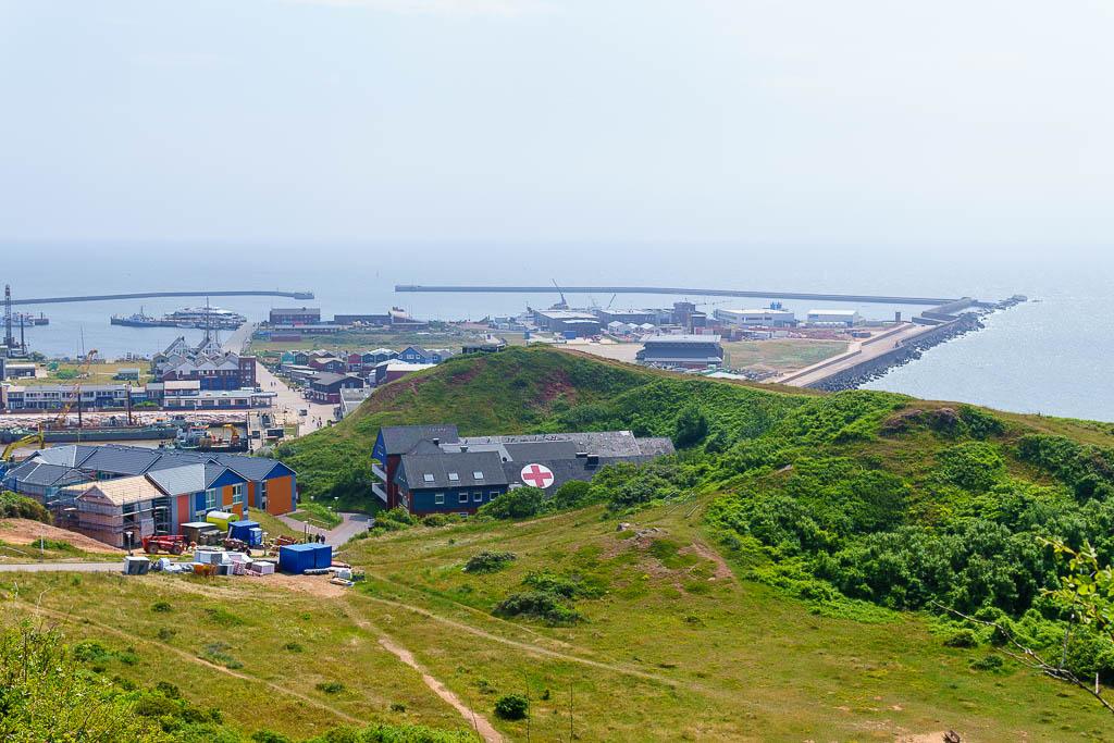 Blick über den Hafen von Helgoland