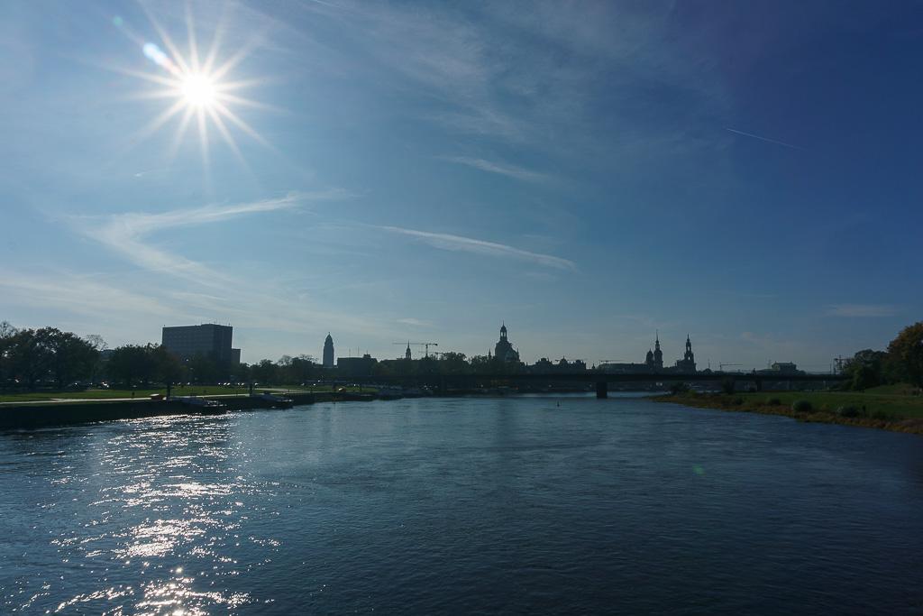 Dresden von der Elbe