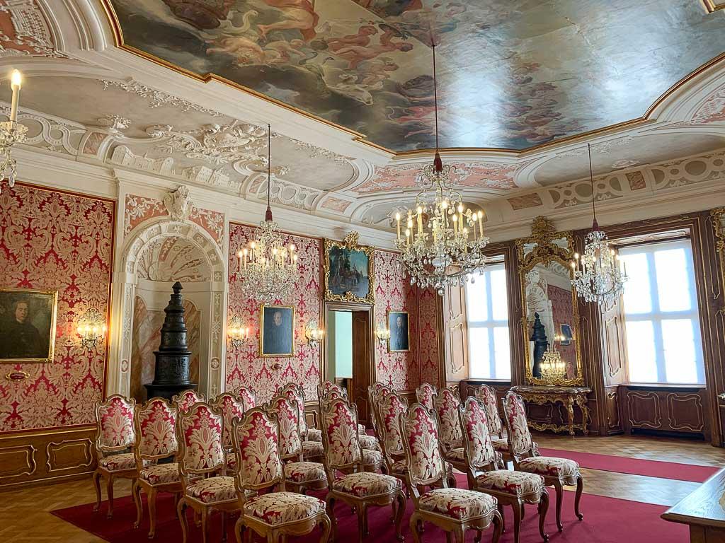 Festlicher Raum im Stadtschloss von Fulda